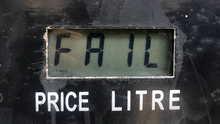An image that illustrates this article Drivers furious at spiralling fuel prices in Lebanon