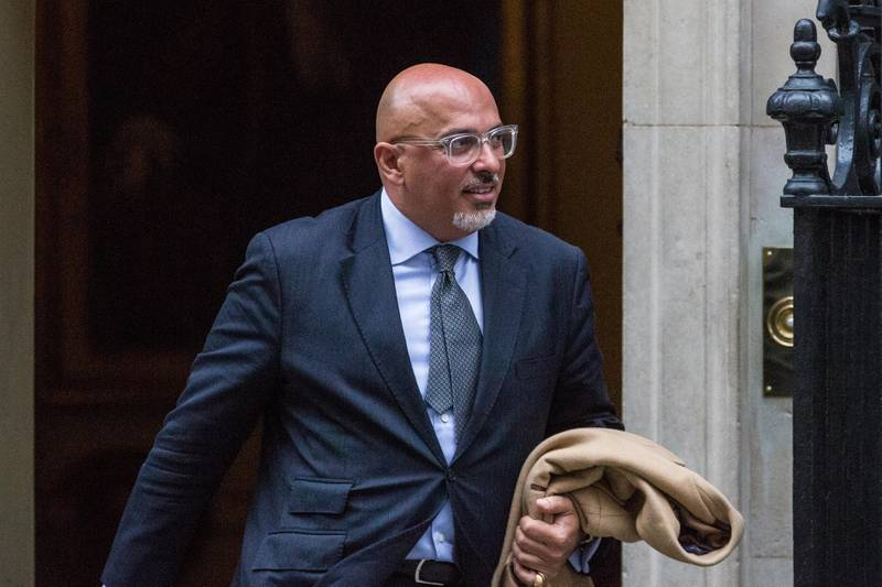 H90CN3 London, UK. 10th January, 2017. Nadhim Zahawi, Conservative MP for Stratford-upon-Avon, leaves 10 Downing Street during a Cabinet meeting. Credit: Mark Kerrison/Alamy Live News