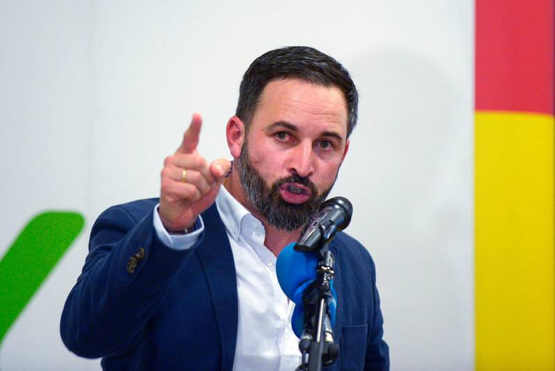 (FILES) In this file photo taken on November 26, 2018 Santiago Abascal, leader of Spain's far-right party VOX, gives a speech during a campaign meeting ahead of regional elections in Andalusia, in Granada.  Spain's right party Partido Popular PP and centre-right Ciudadanos concluded an agreement, but they will need votes from the far-right to be invested and rule Andalusia. / AFP / CRISTINA QUICLER
