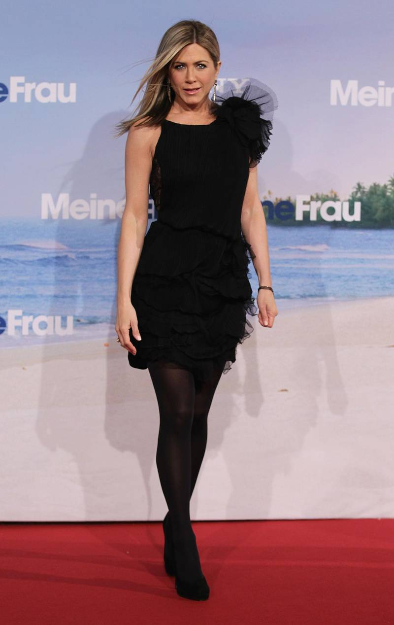 BERLIN, GERMANY - FEBRUARY 21:  Actress Jennifer Aniston attends the 'Meine Erfundene Frau' (Just go with it) Germany Premiere at CineStar on February 21, 2011 in Berlin, Germany.  (Photo by Andreas Rentz/Getty Images)