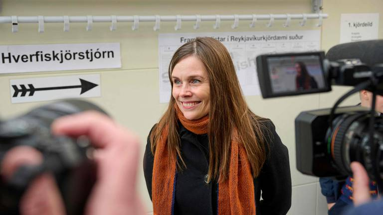 An image that illustrates this article Women win majority of seats in Iceland's parliament
