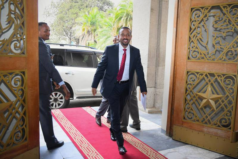 epa06641959 Ethiopia's new Prime Minister Abiy Ahmed arrives at the parliament for the swearing-in ceremony in the capital Addis Ababa, Ethiopia, 02 April 2017. Ahmed became the country's new top leader after his predecessor Hailemariam Desalegn unexpectedly resigned.  EPA/STR