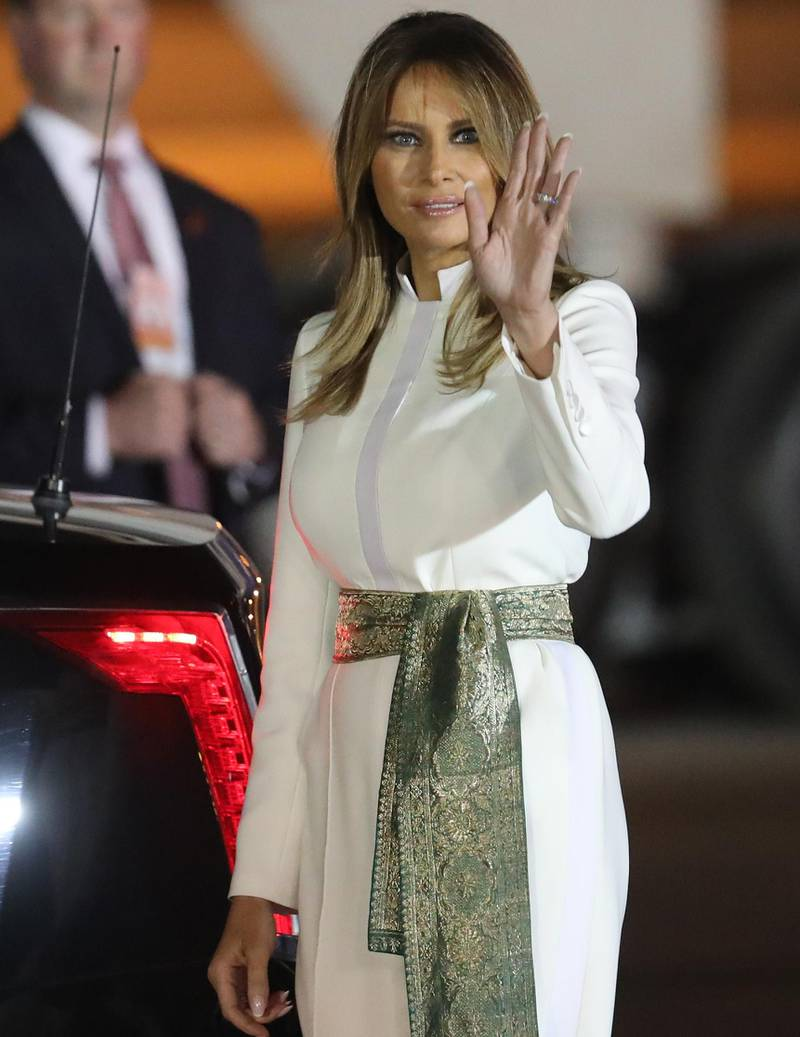 epa08244156 US First Lady Melania Trump waves after arrival at the airport in New Delhi, India, 24 February 2020. US President Trump is on a two-day state visit to India, and will visit the three Indian cities of Ahemdabad, Delhi and Agra. Trump is scheduled to have the bilateral talks with top India leadership, and is expected to discuss intellectual property rights, defence deals, nuclear power cooperation.  EPA-EFE/HARISH TYAGI