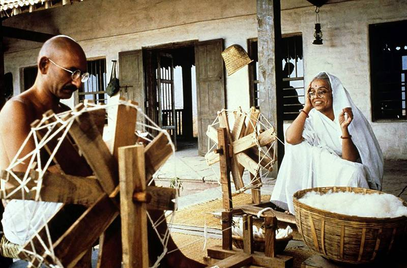 Ben Kingsley and Rohini Hattangadi in Gandhi (1982) Columbia Pictures