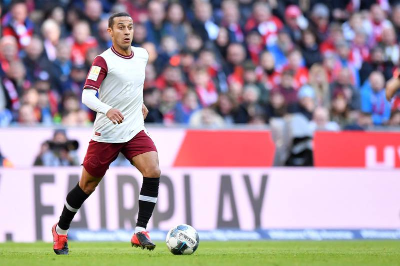 MUNICH, GERMANY - MARCH 08: Thiago Alcantara of Bayern Muenchen plays the ball during the Bundesliga match between FC Bayern Muenchen and FC Augsburg at Allianz Arena on March 08, 2020 in Munich, Germany. (Photo by Sebastian Widmann/Bongarts/Getty Images)
