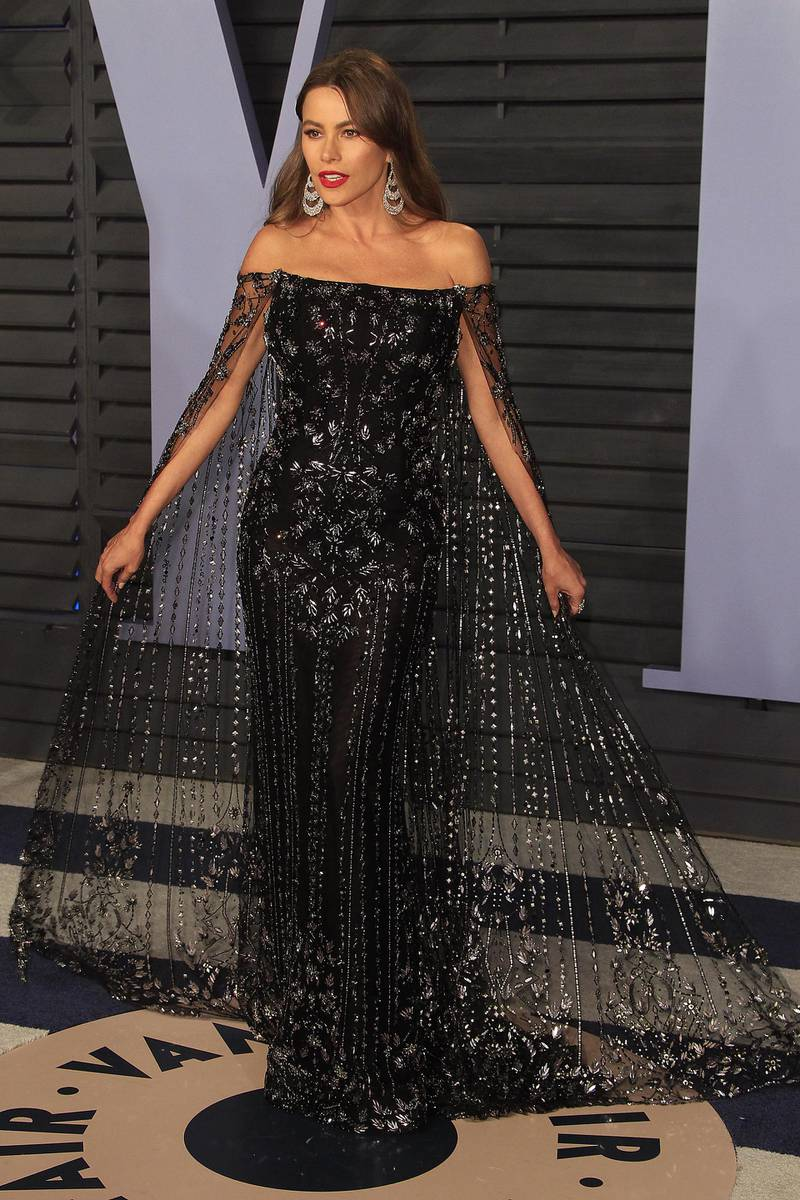 epa06581705 Colombian actress Sofia Vergara arrives at the 2018 Vanity Fair Oscar Party following the 90th annual Academy Awards ceremony in Beverly Hills, California, USA, 04 March 2018. The Oscars are presented for outstanding individual or collective efforts in 24 categories in filmmaking.  EPA-EFE/NINA PROMMER