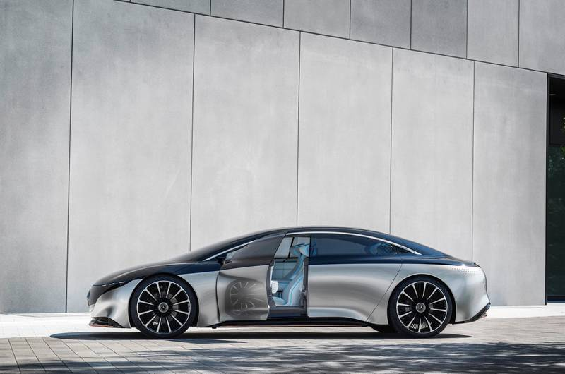 Mercedes-Benz VSION EQS, IAA 2019, der VISION EQS zeigt  einen Ausblick auf ein Konzept eines vollelektrischen Fahrzeugs der Luxusklasse. // Mercedes-Benz VISION EQS, IAA 2019, the VISION EQS provides an outlook on a concept for a fully-electric vehicle in the luxury class.