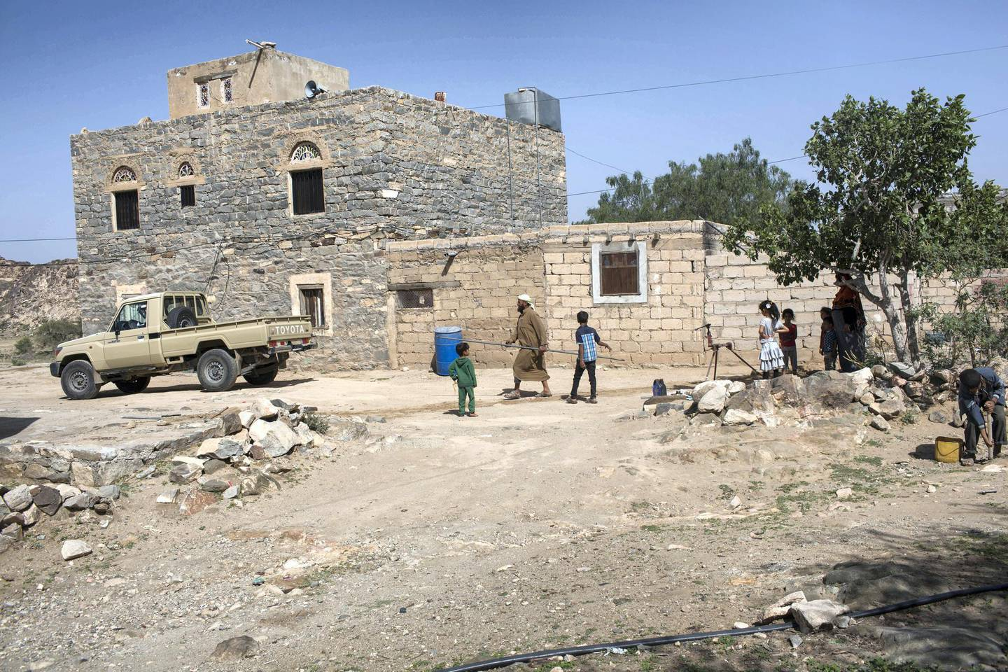 The house of Mohamed Abu Rayouf , a members of Yemeni resistance forces of Abu Jabr brigade takes islocated near a front line position in Zi Naem town of Al-Bayda governorate,  May 10, 2018.  Photo/ Asmaa Waguih
