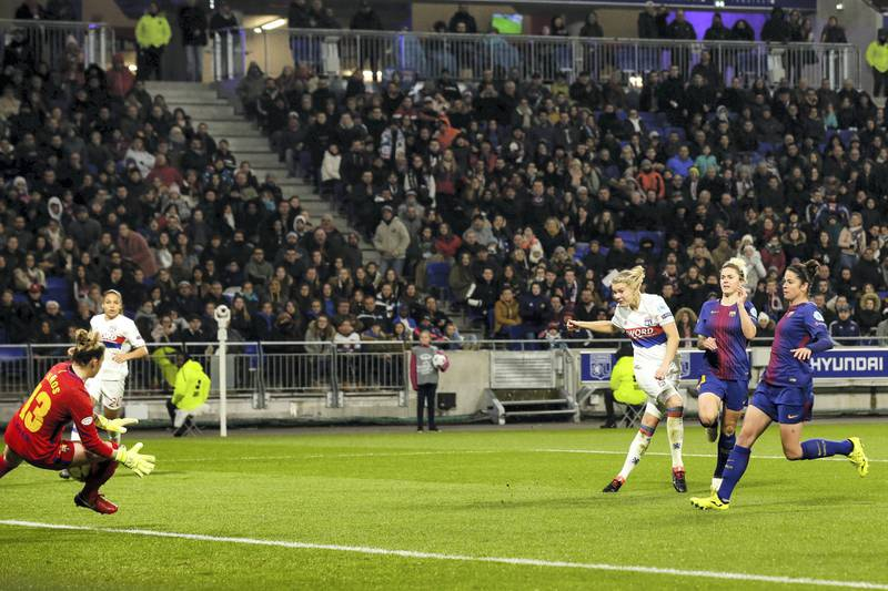 LYON, FRANCE - MARCH 22: (L-R) Sandra Panos Garcia Villamil of FC Barcelona Women, Ada Hegerberg of Olympique Lyon Women, Maria Pilar Leon of FC Barcelona Women, Marta Torrejon Moya of FC Barcelona Women during the    match between Olympique Lyon Women v FC Barcelona Women at the Parc Olympique Lyonnais on March 22, 2018 in Lyon France (Photo by Erwin Spek/Soccrates/Getty Images)