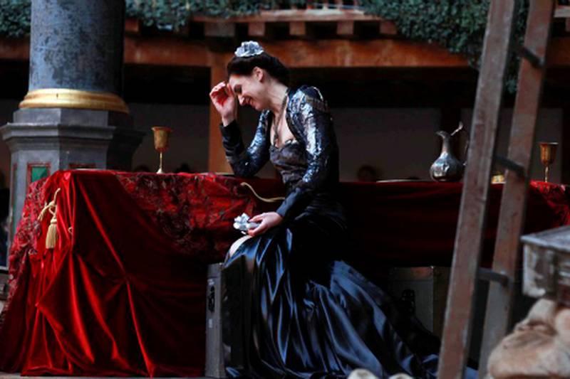 Emma Pallant as Lady Macbeth in Globe EducationÕs Playing Shakespeare with Deutsche Bank production of Macbeth, running at ShakespeareÕs Globe from 1 Ð 11 March. Photo Courtesy Ellie Kurtz