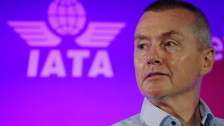 An image that illustrates this article Iata chief on net-zero: 'The ball can't keep getting passed around'