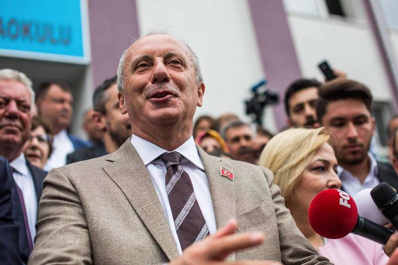 Republican Peoples Party's (CHP) presidential candidate Muharrem Ince speaks to the press after casting his ballot at a polling station during the parliamentary and presidential elections, in Yalova on June 24, 2018 Turks began voting in dual parliamentary and presidential polls seen as the President's toughest election test, with the opposition revitalised and his popularity at risk from growing economic troubles. / AFP / Uygar ONDER SIMSEK