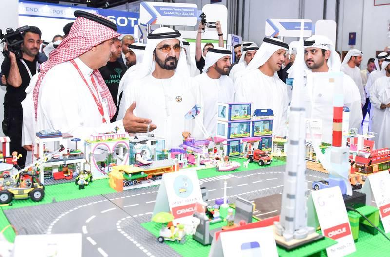 Mohammed bin Rashid visits GITEX and meets leaders of global technology development companies. WAM