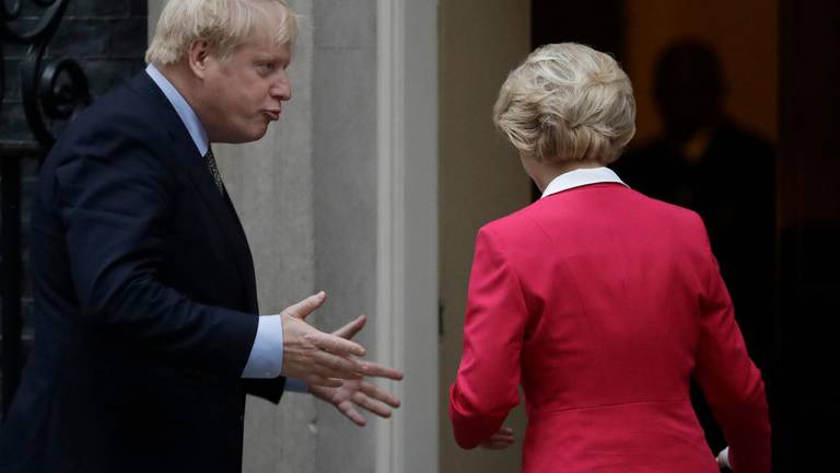 An image that illustrates this article Boris Johnson warns Brexit talks on verge of collapse but Irish PM insists deal '97% agreed'