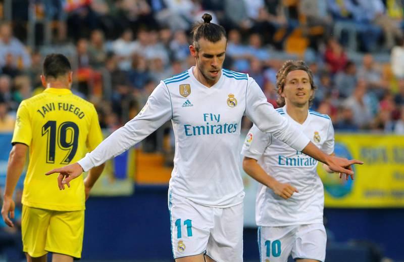 Soccer Football - La Liga Santander - Villarreal vs Real Madrid - Estadio de la Ceramica, Villarreal, Spain - May 19, 2018   Real Madrid's Gareth Bale celebrates scoring their first goal    REUTERS/Heino Kalis