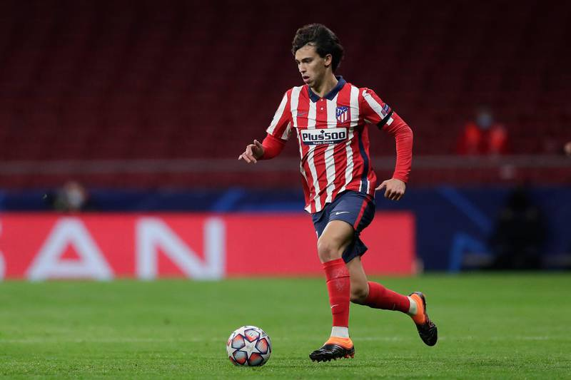 MADRID, SPAIN - DECEMBER 01: Joao Felix of Atletico de Madrid controls the ball during the UEFA Champions League Group A stage match between Atletico Madrid and FC Bayern Muenchen at Estadio Wanda Metropolitano on December 01, 2020 in Madrid, Spain. (Photo by Gonzalo Arroyo Moreno/Getty Images)