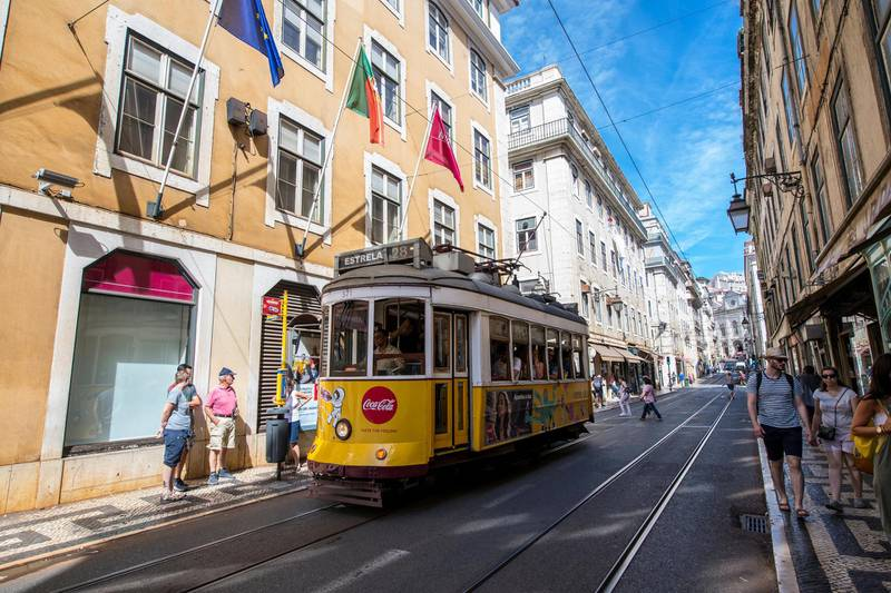 LISBON, PORTUGAL - SEPTEMBER 19: Electric Transport in Lisbon, ambiance in the city prior during the Group E match of the UEFA Champions League between SL Benfica and FC Bayern Muenchen at Estadio da Luz on September 19, 2018 in Lisbon, Portugal. (Photo by Octavio Passos/Getty Images)