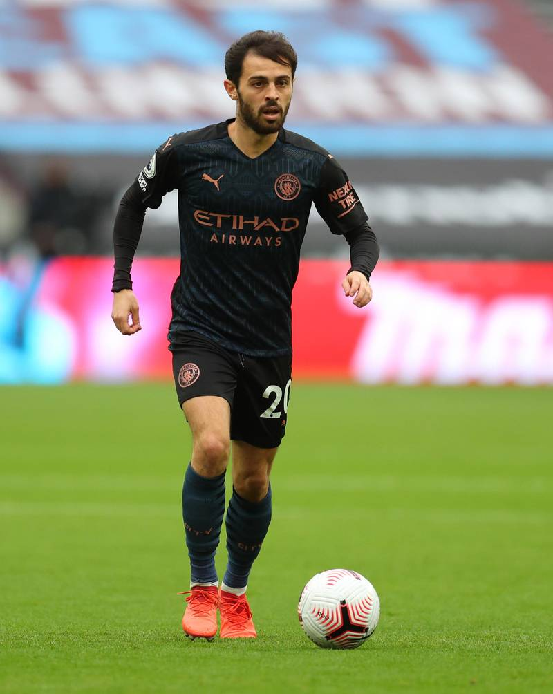 LONDON, ENGLAND - OCTOBER 24: Bernardo Silva of Manchester City  during the Premier League match between West Ham United and Manchester City at London Stadium on October 24, 2020 in London, England. Sporting stadiums around the UK remain under strict restrictions due to the Coronavirus Pandemic as Government social distancing laws prohibit fans inside venues resulting in games being played behind closed doors. (Photo by Catherine Ivill/Getty Images)