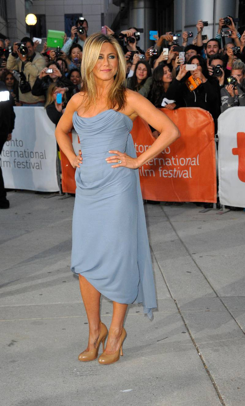 epa03868089 US actor and cast member Jennifer Aniston arrives for the screening of 'Life of Crime' during the 38th annual Toronto Film Festival, in Toronto, Canada, 14 September 2013. The festival runs until 15 September.  EPA/WARREN TODA