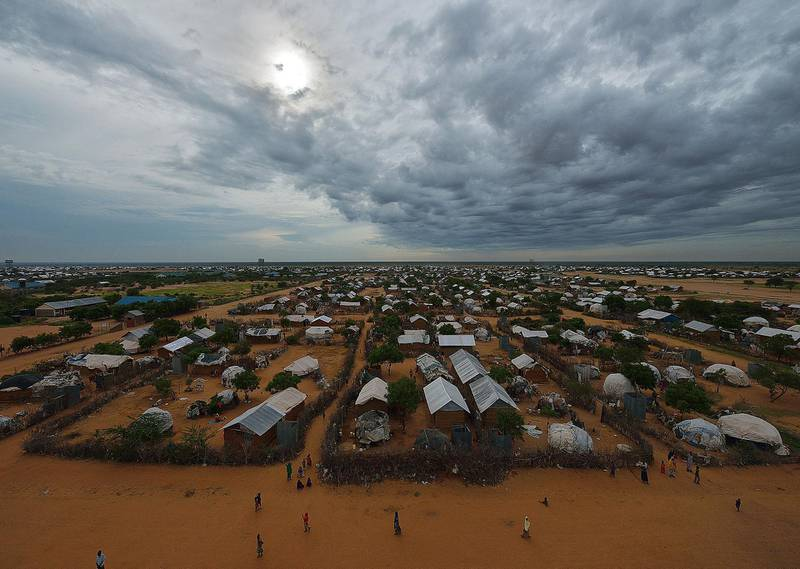 An overview of the part of the eastern sector of the IFO-2 camp in the sprawling Dadaab refugee camp, north of the Kenyan capital Nairobi seen on April 28, 2015.  AFP PHOTO/Tony KARUMBA (Photo by TONY KARUMBA / AFP)
