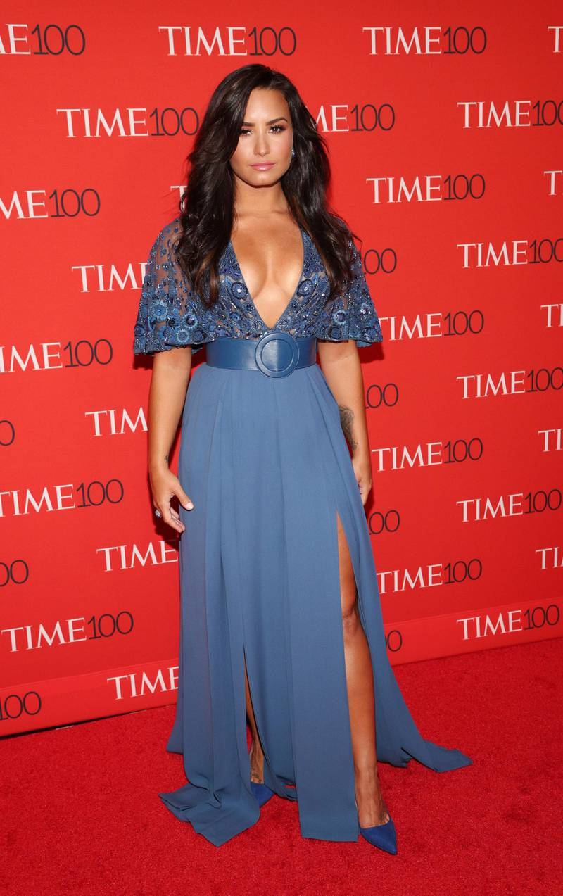 epa05927927 US singer Demi Lovato arrives for the Time 100 Gala at Frederick P. Rose Hall in New York, New York, USA, 25 April 2017. The event is a celebration of Time Magazine's annual issue recognizing 100 of the world's most influential people.  EPA/JUSTIN LANE