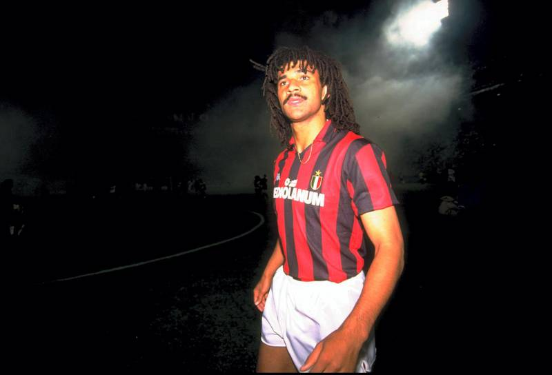 1989:  Ruud Gulitt of AC Milan in action during the Eurpean Cup Semi-final match against Real Madrid.  The match ended in a 5-0 win for AC Milan. \ Mandatory Credit: Simon Bruty /Allsport