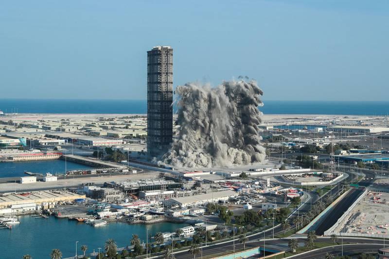 Abu Dhabi, United Arab Emirates, November 27, 2020.  Mina Zayed Plaza demolition Friday morning, Abu Dhabi.Victor Besa/The NationalSection:  National News