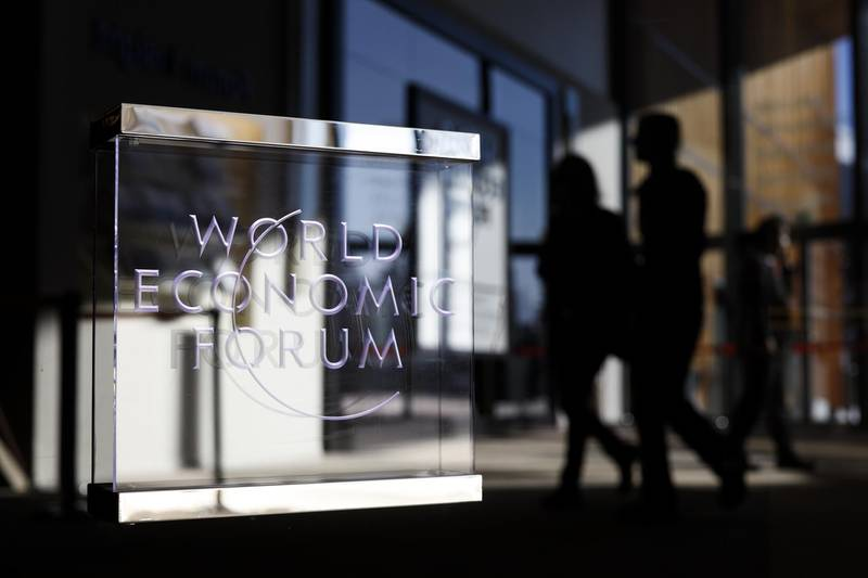 Attendees depart the Congress Center on the closing day of the World Economic Forum (WEF) in Davos, Switzerland, on Friday, Jan. 25, 2019. World leaders, influential executives, bankers and policy makers attend the 49th annual meeting of the World Economic Forum in Davos from Jan. 22 - 25. Photographer: Jason Alden/Bloomberg