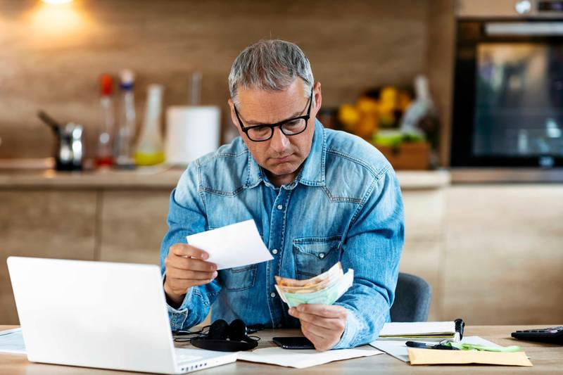 These are 10 money mistakes you should steer clear of. Getty Images