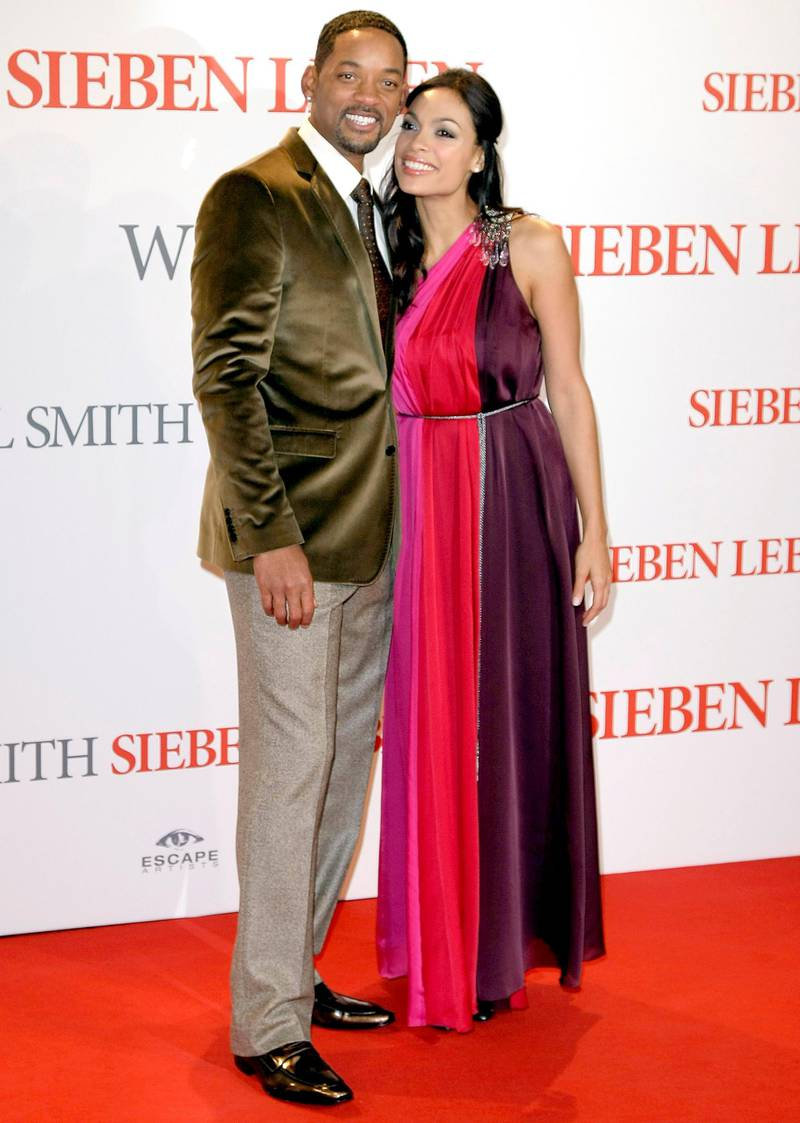 BERLIN - JANUARY 06:  Actor Will Smith and actress Rosario Dawson attend the german premiere of 'Seven Pounds' at the CineStar on January 6, 2009 in Berlin, Germany.  (Photo by Florian Seefried/Getty Images)