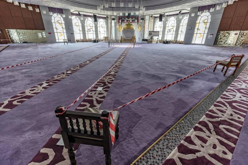 Dubai, United Arab Emirates - Reporter: N/A. Coronavirus/Covid-19. Safety measures Guru Nanak Darbar Sikh temple has put into place as places of worship hope to open soon. Tuesday, June 9th, 2020. Dubai. Chris Whiteoak / The National