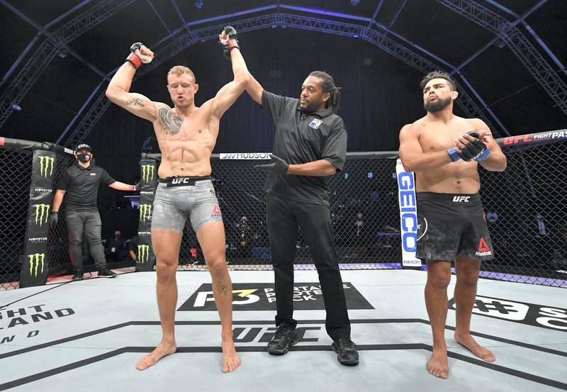 ABU DHABI, UNITED ARAB EMIRATES - JULY 19: Jack Hermansson of Sweden celebrates after his submission victory over Kelvin Gastelum in their middleweight bout during the UFC Fight Night event inside Flash Forum on UFC Fight Island on July 19, 2020 in Yas Island, Abu Dhabi, United Arab Emirates. (Photo by Jeff Bottari/Zuffa LLC via Getty Images)