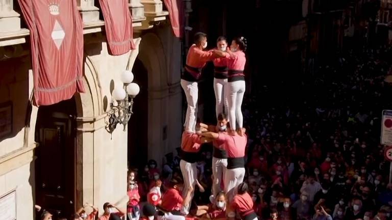 An image that illustrates this article Spain's 'human towers' return since start of pandemic