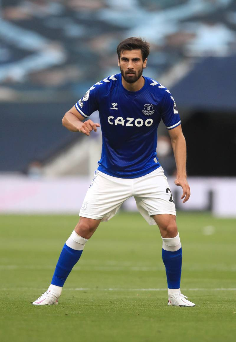 LONDON, ENGLAND - SEPTEMBER 13: Andre Gomes of Everton looks on during the Premier League match between Tottenham Hotspur and Everton at Tottenham Hotspur Stadium on September 13, 2020 in London, England. (Photo by Adam Davy - Pool/Getty Images)