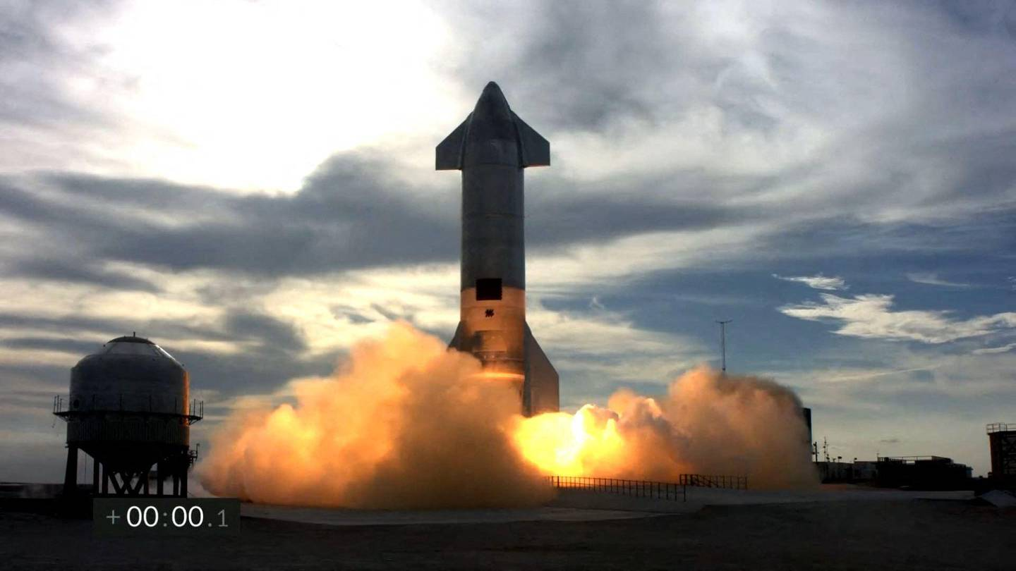 """(FILES) In this file photo screengrab made from SpaceX's live webcast shows the Starship SN10 prototype during the second attmpted test flight of the day at SpaceX's South Texas test facility near Boca Chica Village in Brownsville, Texas, March 3, 2021. SpaceX chief Elon Musk confirmed on Twitter March 30, 2021 that the latest prototype of the company's Starship rocket series had crashed. """"At least the crater is in the right place!"""" he joked. """"Something significant happened shortly after landing burn start. Should know what it was once we can examine the bits later today,"""" he added.  - RESTRICTED TO EDITORIAL USE - MANDATORY CREDIT """"AFP PHOTO /SPACEX """" - NO MARKETING - NO ADVERTISING CAMPAIGNS - DISTRIBUTED AS A SERVICE TO CLIENTS  / AFP / SPACEX / - / RESTRICTED TO EDITORIAL USE - MANDATORY CREDIT """"AFP PHOTO /SPACEX """" - NO MARKETING - NO ADVERTISING CAMPAIGNS - DISTRIBUTED AS A SERVICE TO CLIENTS"""