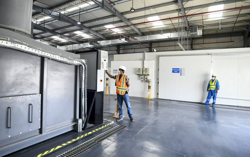 Abu Dhabi, United Arab Emirates -  Fallen Stock facility where TADWEER disposes off dead animals such as cows, camels, chickens who have died with diseases is not yet operational. However, the same facility in Al Ain has been operational over 10 years. Khushnum Bhandari for The National