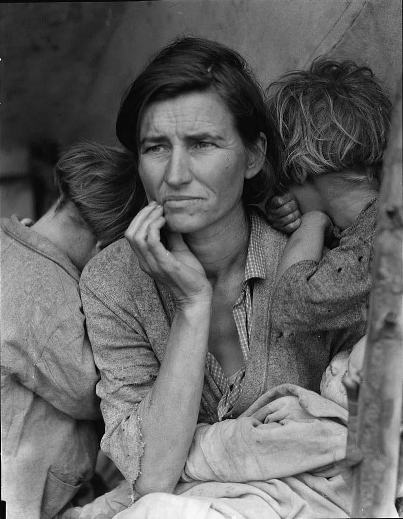Migrant Mother by Dorothea Lange. Courtesy Library of Congress