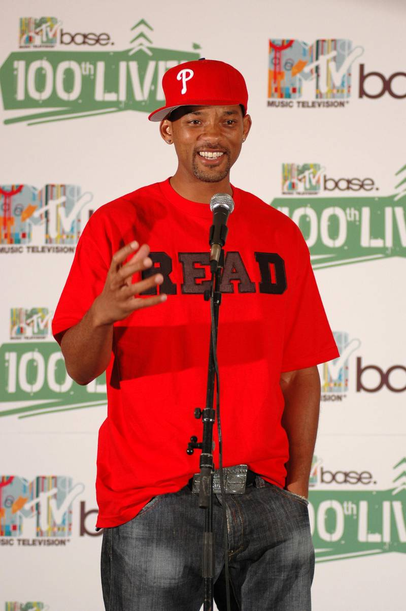 """JOHANNESBURG, SOUTH AFRICA - APRIL 20:  Actor Will Smith speaks backstage during """"MTV Base 100th Live!"""" at the Ster-Kinekor Top Star Drive-In on April 20, 2005 in Johannesburg, South Africa. The concert is being held to celebrate the launch of MTV base, MTV's first pan-African music channel and MTV Networks' 100th channel worldwide.  (Photo by Naashon Zalk/Getty Images)"""