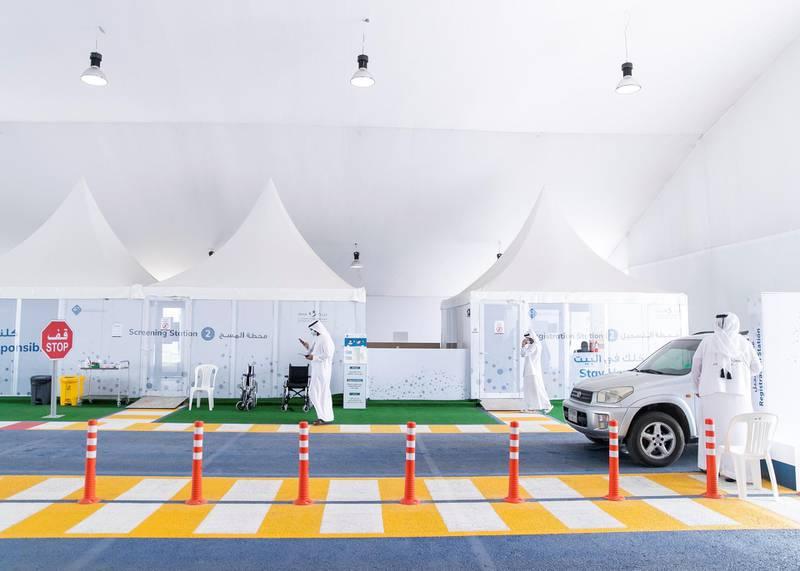 Ras Al Khaimah, UNITED ARAB EMIRATES. 30 APRIL 2020. SEHA's Ras Al Khaimah Covid-19 drive-through testing centre.(Photo: Reem Mohammed/The National)Reporter:Section: