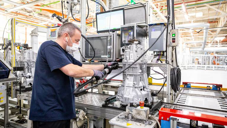 An image that illustrates this article Ford invests up to £230m to make electric vehicle parts at British factory