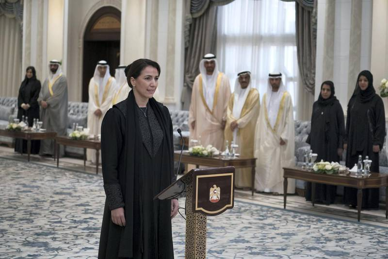 ABU DHABI, UNITED ARAB EMIRATES - October 31, 2017: HE Mariam Mohamed Saeed Hareb Al Mehairi, UAE Minister of State for Food Security, gives her oath, during a swearing-in ceremony for newly appointed ministers, at Mushrif Palace.  ( Hamad Al Kaabi / Crown Prince Court - Abu Dhabi ) ---