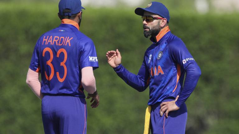 An image that illustrates this article T20 World Cup: India and Pakistan fight for supremacy in familiar surroundings