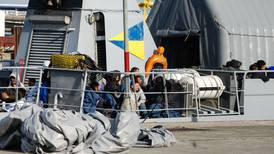 France rescues 213 migrants from Channel