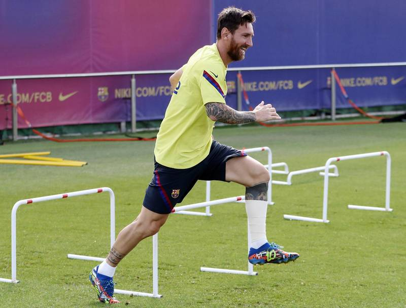 epa08597674 A handout photo made available by Spanish soccer club FC Barcelona shows FC Barcelona's Lionel Messi during a training session of the team in Barcelona, Spain, 11 August 2020. FC Barcelona will face Bayern Munich on 14 August in a UEFA Champions League quarter-final soccer match.  EPA/FC BARCELONA / HO  HANDOUT EDITORIAL USE ONLY/NO SALES