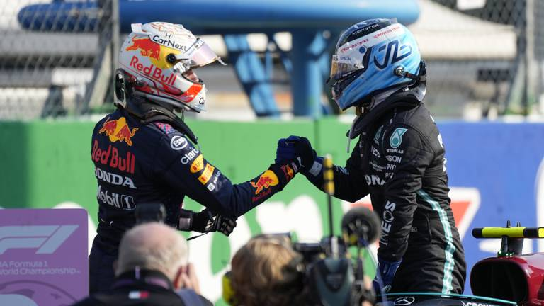 An image that illustrates this article Italian GP: Hamilton predicts 'easy win' for Red Bull after Verstappen takes pole