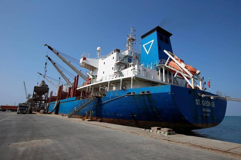 St. George ship carrying 29,520 tonnes of wheats is docked at the Red Sea port of Hodeidah, Yemen November 30, 2017. REUTERS/Abduljabbar Zeyad