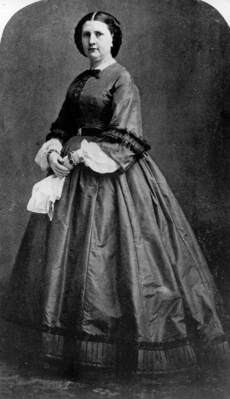circa 1857:  Harriet Lane, the first lady of the White House ( 1857 - 1861) during the presidency of James Buchanan. Lane was the niece of Buchanan, who is tho only unmarried President of the United States.  (Photo by Hulton Archive/Getty Images)