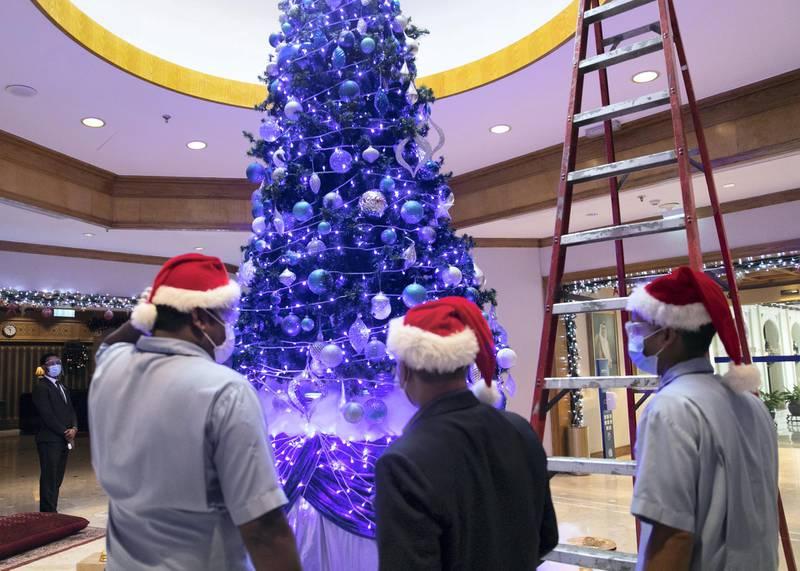 DUBAI, UNITED ARAB EMIRATES. 20 DECEMBER 2020. Christmas  tree in the lobby of Radisson Blu Hotel, Dubai Deira Creek.(Photo: Reem Mohammed/The National)Reporter: Patrick RyanSection: