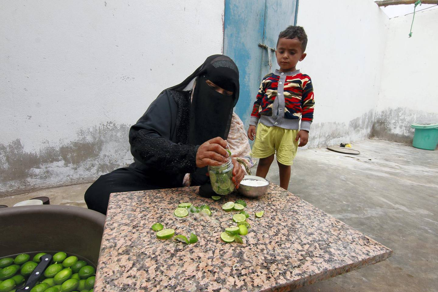 Naseemh, 40 years old, is married with two children, Gana 8 years old and Mosa 5 years old. Lahaj, Yemen, February 2021 . Courtesy International Committee of the Red Cross