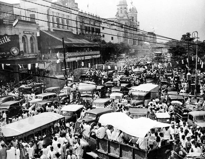 This is a general view showing the traffic congestion on Choeringhee, one of the busiest thoroughfares in Calcutta, India, as the country celebrates its independence from British rule on Aug. 15, 1947.  (AP Photo)